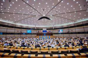 2015_10_07_511_plenary_session_024-extra_large